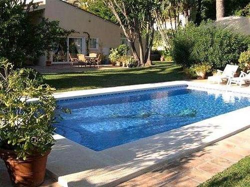 Недвижимость в Испании, виллы Marbella, лот v1162, фото 01 - нажмите для возврата к описанию