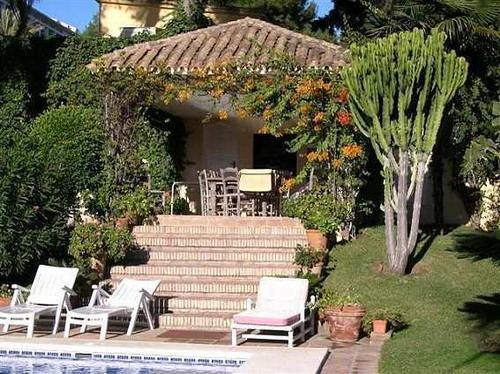 Недвижимость в Испании, виллы Marbella, лот v1162, фото 02 - нажмите для возврата к описанию
